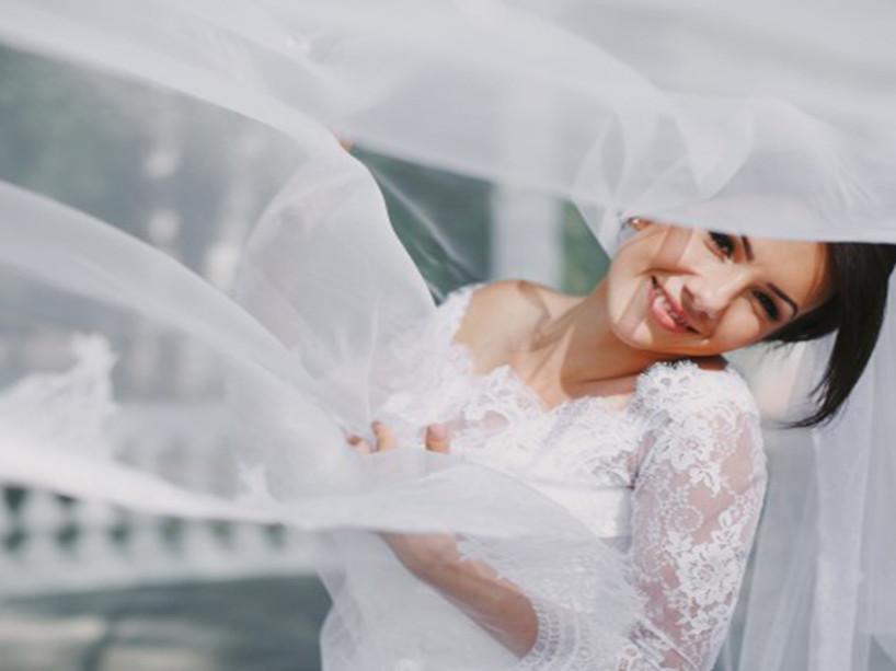 Il velo della sposa: un significato per ogni epoca